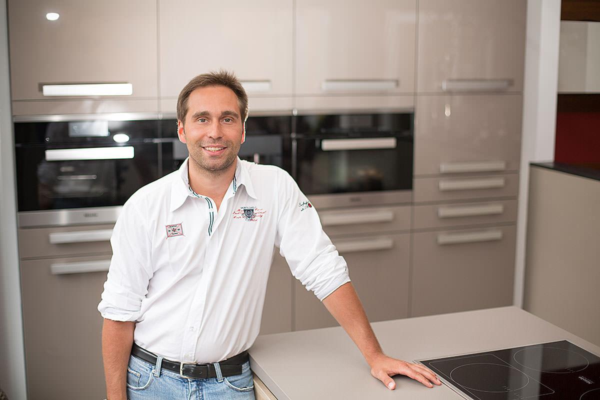 Unsere Mannschaft: Ihr Team für Küchen und Möbel